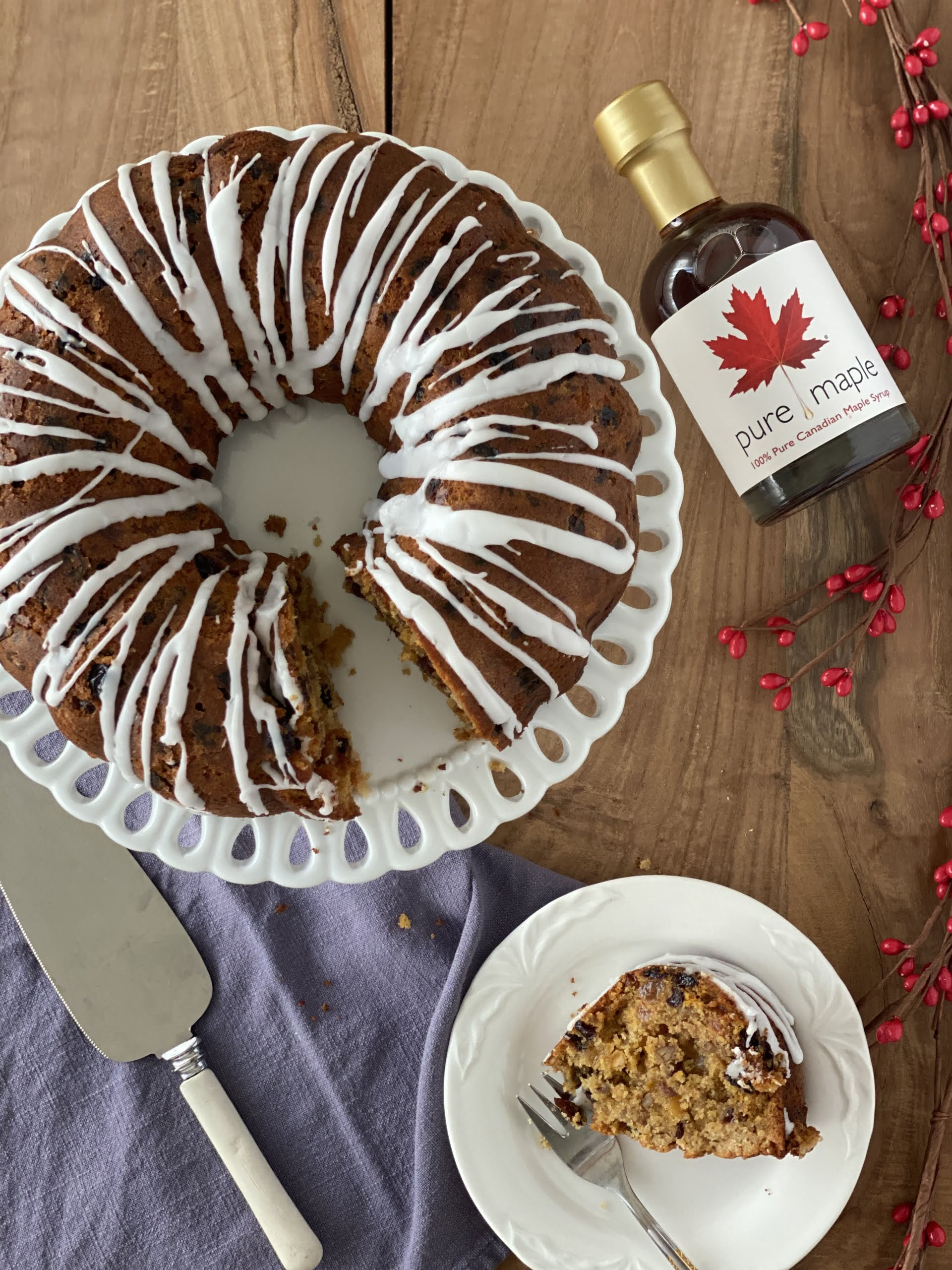 Fluted Christmas Cake with a piece cut out - Pure Maple Syrup
