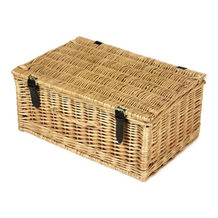 18 Inch Wicker Hamper Gift Basket - Closed