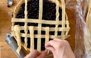 Blueberry pie assembling horizontal lattice pieces - Pure Maple